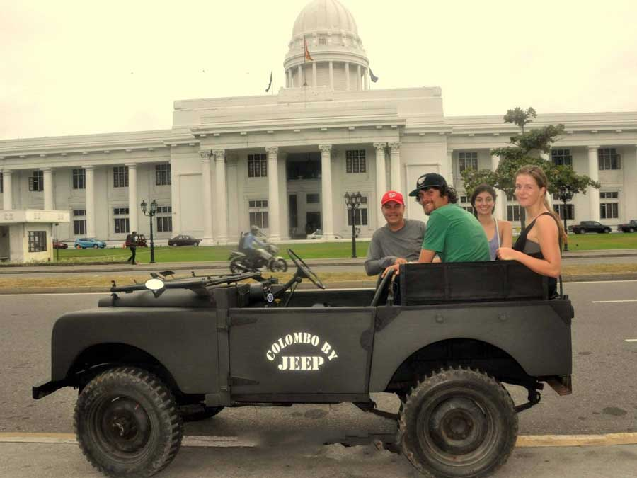 Colombo City Tour by Jeep